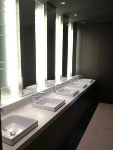 日比谷パークフロント男性トイレ